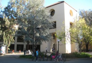 Sweet Hall is Stanford's epicenter for undergraduate advising and academic planning. (Source: Rubi Ancajas / The Stanford Review)